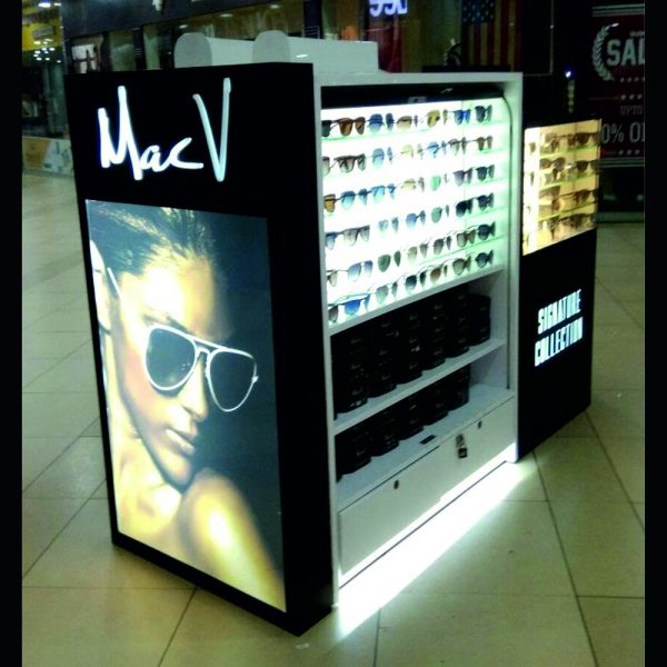 optical cosmetic display kiosk