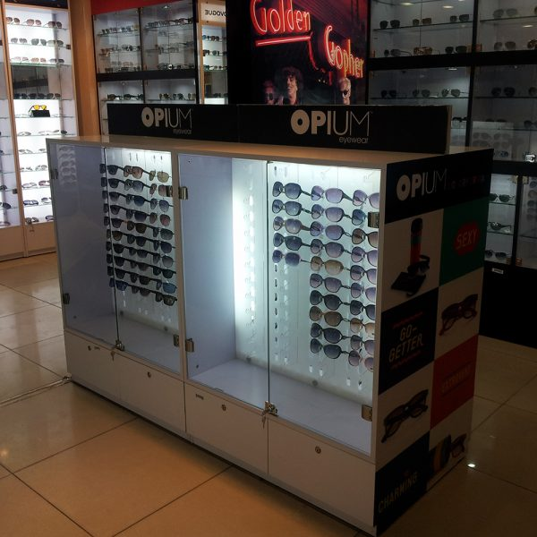 optical shop in shop kiosk design